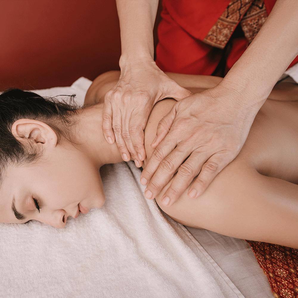 Rustgevende massage bij ff Relaxen in Cuijk